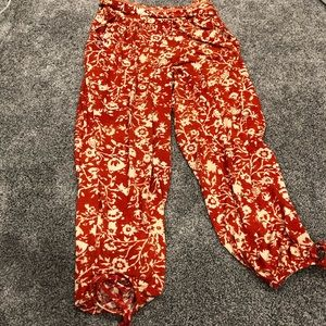 NWOT Robin Piccone Flora Vine Print Cover Up Pants